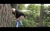 Amateur blonde babe peeing outdoor