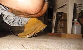 Big turd on the garage floor