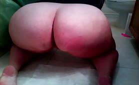 BBW woman shitting in doggy style
