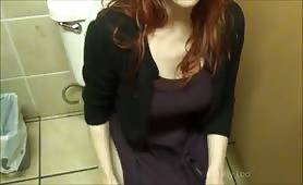 Redhead pooping and leaving