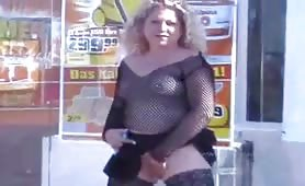 Public pissing infront of the store